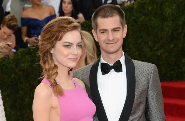 Andrew Garfield dating Emma Stone
