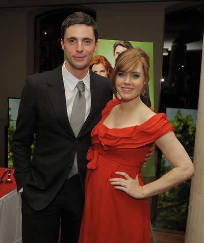 Matthew Goode and Amy Adams